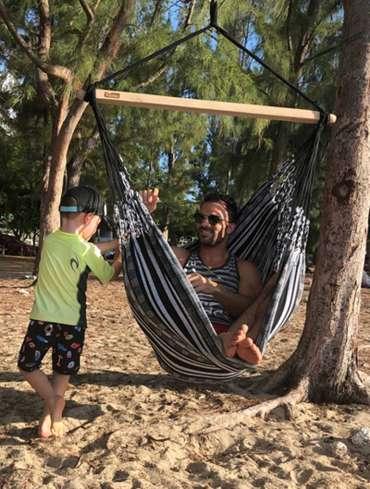 chaise hamac tropilex - jeux d'enfants et complicité père-fils