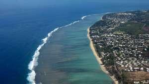 vue aérienne lagon saint-gilles-les-bains, réunion