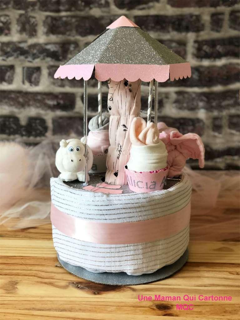 gâteau de couches carrousel Alicia - unemamanquicartonne