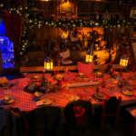 table de la cuisine du père Noel- le hameau du père Noel